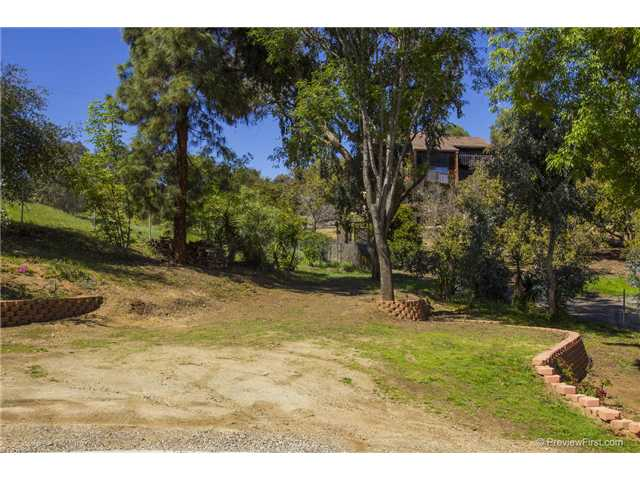 Photo 25: SOUTH ESCONDIDO House for sale : 3 bedrooms : 2494 REILL VIEW Drive in Escondido