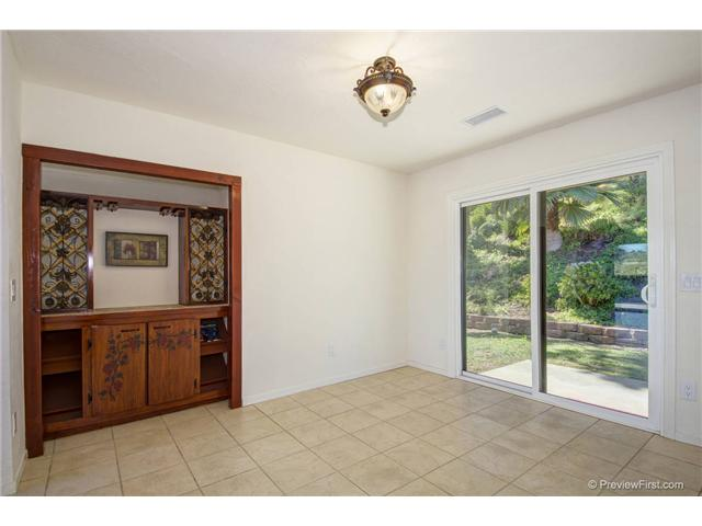 Photo 7: SOUTH ESCONDIDO House for sale : 3 bedrooms : 2494 REILL VIEW Drive in Escondido