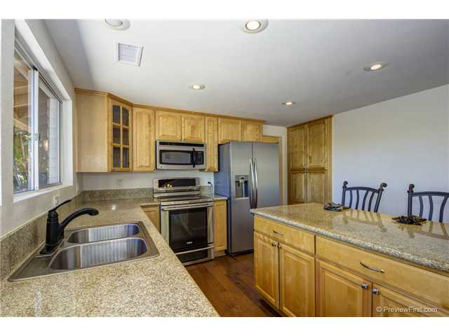 Photo 14: SOUTH ESCONDIDO House for sale : 3 bedrooms : 2494 REILL VIEW Drive in Escondido