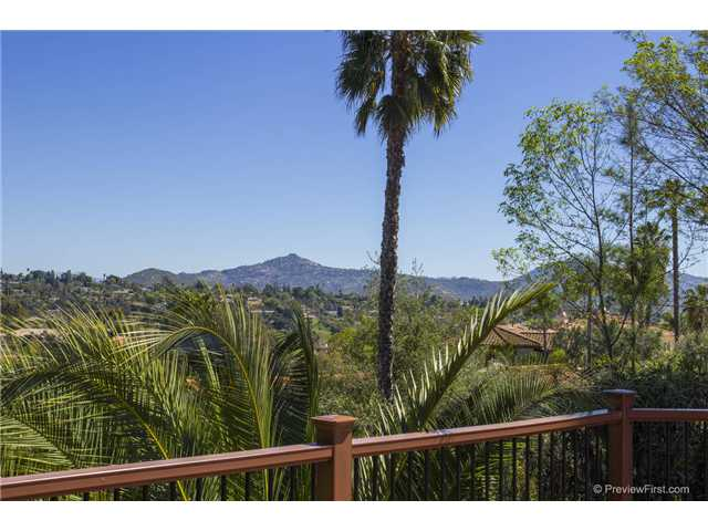 Photo 24: SOUTH ESCONDIDO House for sale : 3 bedrooms : 2494 REILL VIEW Drive in Escondido
