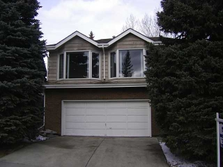 Main Photo: 20 RANCHRIDGE Way NW in CALGARY: Ranchlands House for sale (Calgary)  : MLS(r) # C3559390