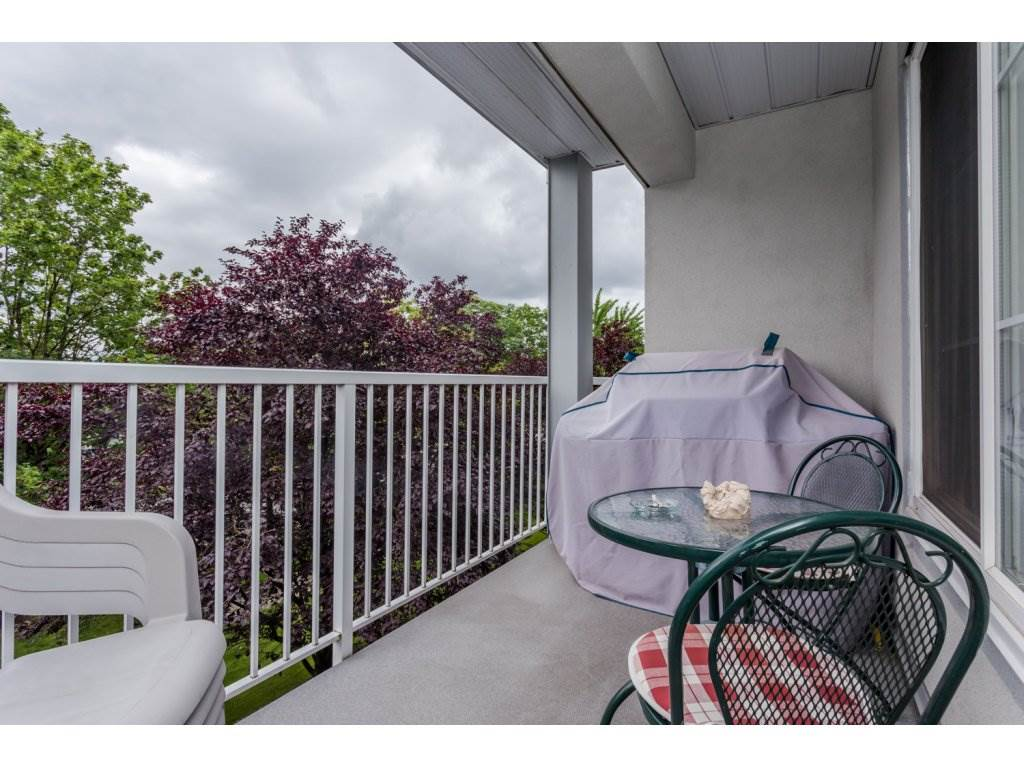 Photo 20: 302 5465 201 STREET in Langley: Langley City Condo for sale : MLS® # R2078441