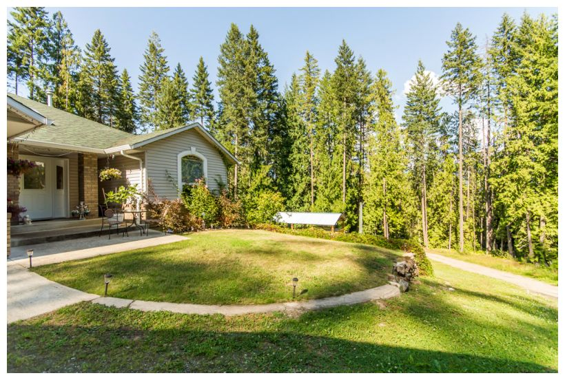 Main Photo: 272 Southeast Glenmary Road in Salmon Arm: Gardom Lake House for sale (SE Salmon Arm)  : MLS(r) # 10122169