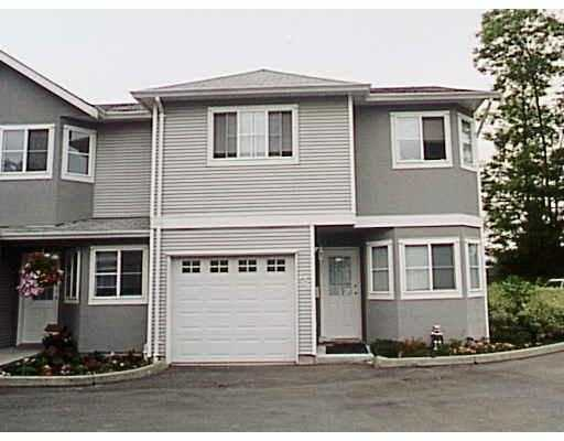 "Main Photo: 125 22950 116TH AV in Maple Ridge: East Central Townhouse for sale in ""BAKERVIEW TERRACE"" : MLS(r) # V580637"