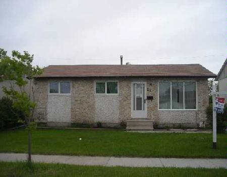 Main Photo: Maples/Tyndall Park: Residential for sale (Canada)  : MLS® # 2708596