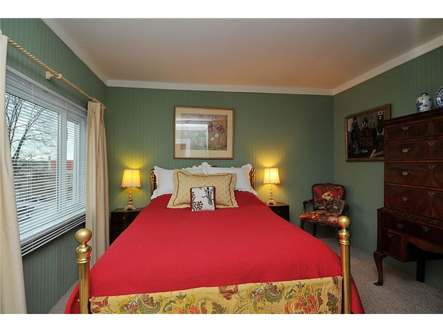 Photo 5: Photos: 1529 FRANCES ST in : Hastings House for sale : MLS(r) # V874977