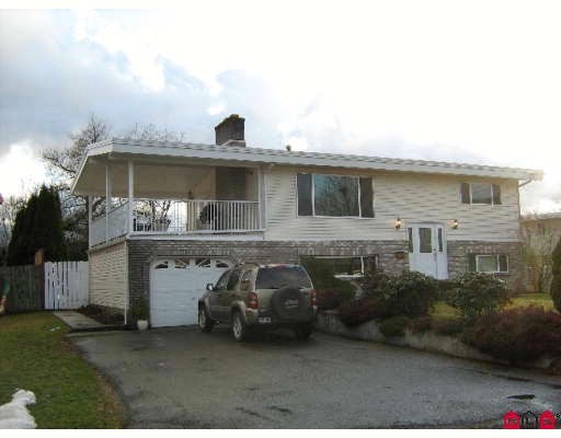 Main Photo: 46604 Montana Dr in Chilliwack: Home for sale : MLS® # H2900513