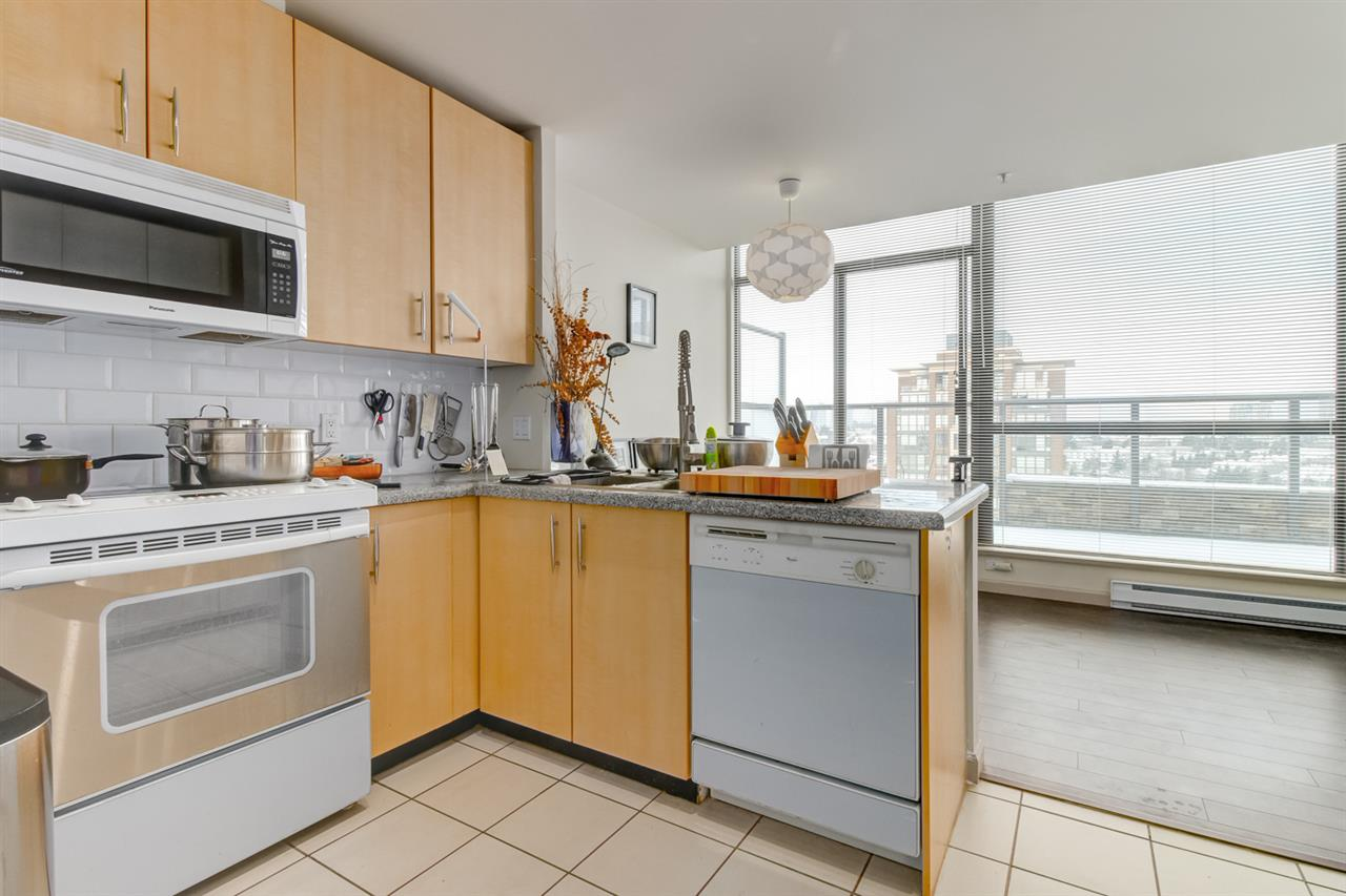 Photo 8: 2104 7368 SANDBORNE AVENUE in Burnaby: South Slope Condo for sale (Burnaby South)  : MLS(r) # R2144966