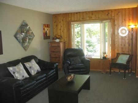 Main Photo: 18 Sandy Lake Place in Winnipeg: Residential for sale (Canada)  : MLS® # 1118293