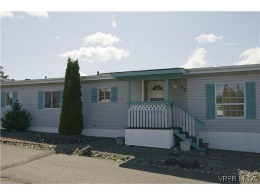Main Photo: 147 Fraser Lane in VICTORIA: VR Glentana Manu Double-Wide for sale (View Royal)  : MLS® # 310335