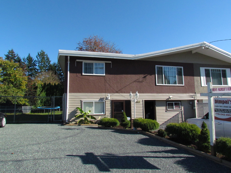 Main Photo: 2160 LYNDEN ST. in ABBOTSFORD: Abbotsford West House 1/2 Duplex for rent (Abbotsford)