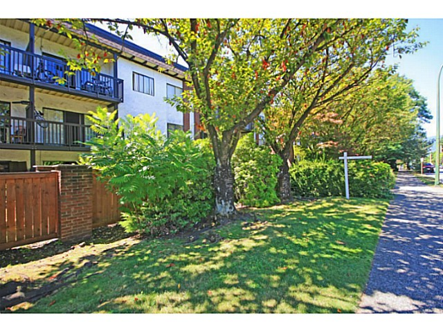 Main Photo: # 311 211 W 3RD ST in North Vancouver: Lower Lonsdale Condo for sale : MLS® # V1077785