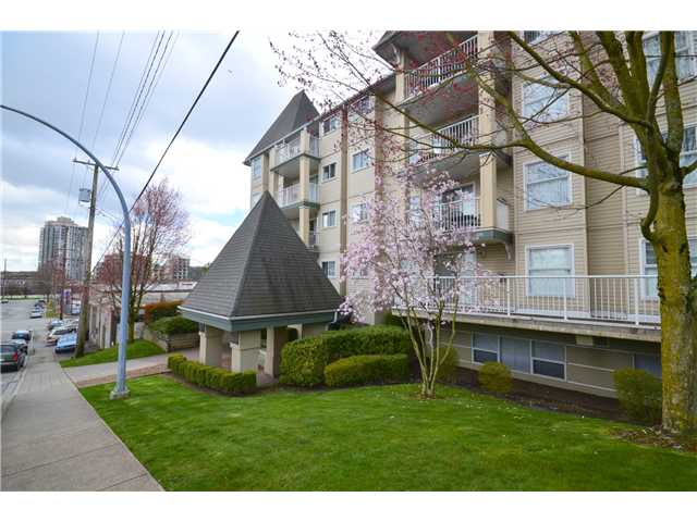 "Photo 10: 307 1035 AUCKLAND Street in New Westminster: Uptown NW Condo for sale in ""Queens Terrace"" : MLS® # V942214"