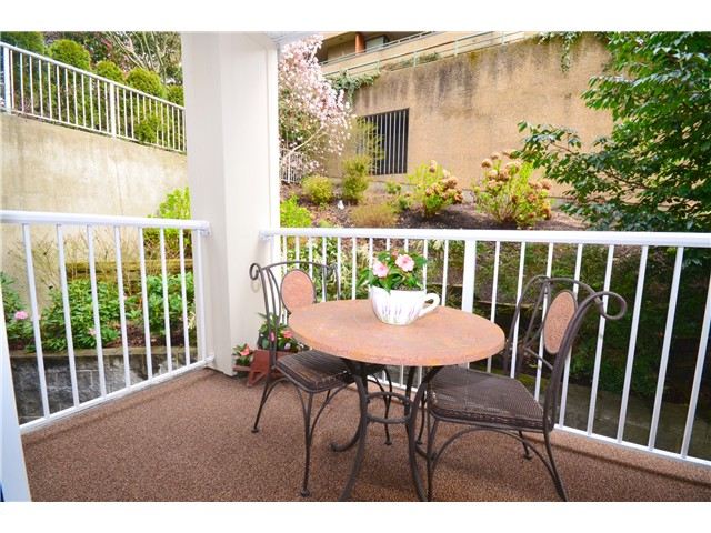 "Photo 9: 307 1035 AUCKLAND Street in New Westminster: Uptown NW Condo for sale in ""Queens Terrace"" : MLS® # V942214"