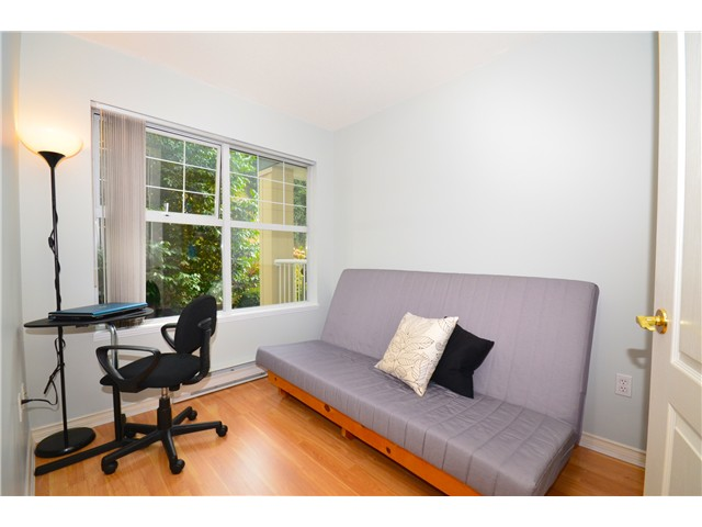 "Photo 6: 307 1035 AUCKLAND Street in New Westminster: Uptown NW Condo for sale in ""Queens Terrace"" : MLS® # V942214"