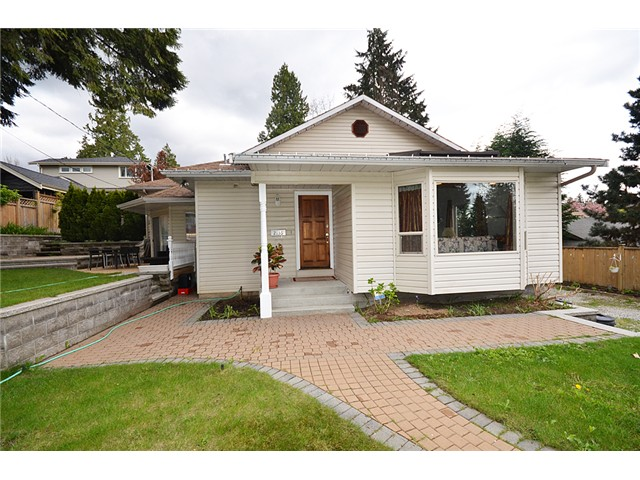 Main Photo: 2136 WESTVIEW DR in North Vancouver: Hamilton House for sale : MLS® # V989731