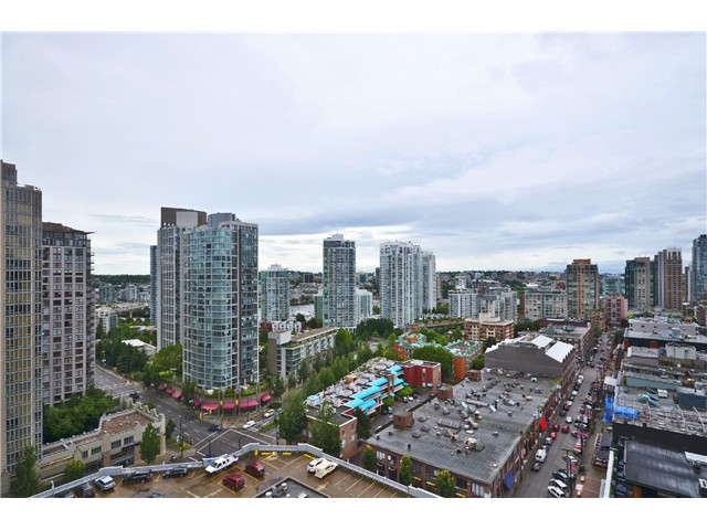 "Photo 9: # 1907 977 MAINLAND ST in Vancouver: Yaletown Condo for sale in ""YALETOWN PARK III"" (Vancouver West)  : MLS® # V1015117"