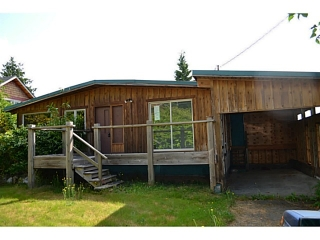 Main Photo: 624 WYNGAERT Road in Gibsons: Gibsons & Area House for sale (Sunshine Coast)  : MLS® # V1020381