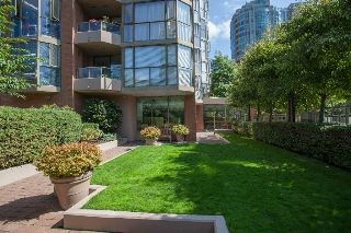 Main Photo: #401 888 Pacific St in Vancouver: Yaletown Condo for sale (Vancouver West)  : MLS® # V1037672
