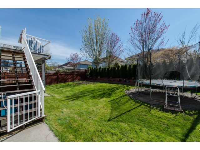 Photo 20: 27908 BUFFER CRESCENT in Abbotsford: House for sale : MLS(r) # R2050857