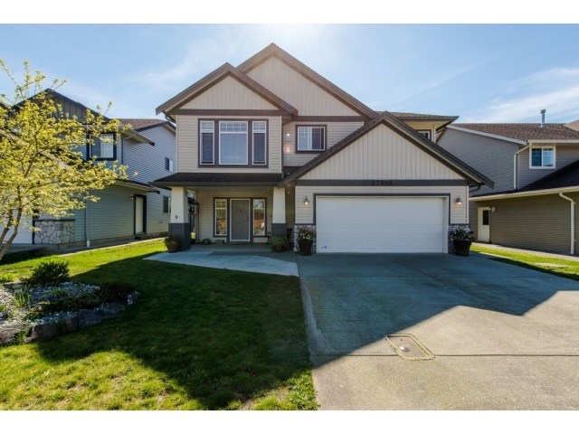 Main Photo: 27908 BUFFER CRESCENT in Abbotsford: House for sale : MLS®# R2050857
