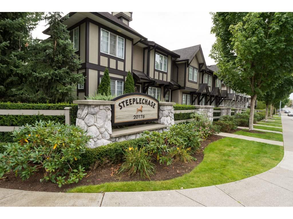 Main Photo: 87 20176 68TH AVENUE in Langley: Willoughby Heights Townhouse for sale : MLS® # R2135385