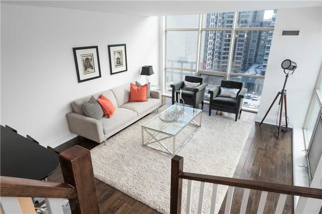 Photo 11: 36 Blue Jays Way Unit #924 in Toronto: Waterfront Communities C1 Condo for sale (Toronto C01)  : MLS(r) # C3706205