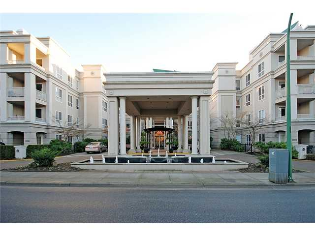 "Main Photo: 303 3098 GUILDFORD Way in Coquitlam: New Horizons Condo for sale in ""MARLBOROUGH HOUSE"" : MLS® # V956575"