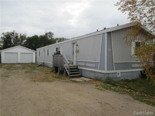 Main Photo: 68 Osler Street: Osler Mobile (Owned Lot) for sale (Saskatoon NW)  : MLS®# 443934