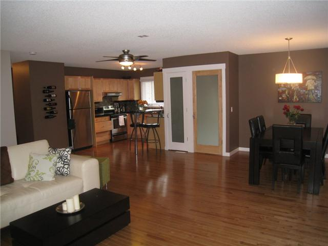 Photo 9: 6628 LAW Drive SW in CALGARY: Lakeview Residential Detached Single Family for sale (Calgary)  : MLS® # C3552508