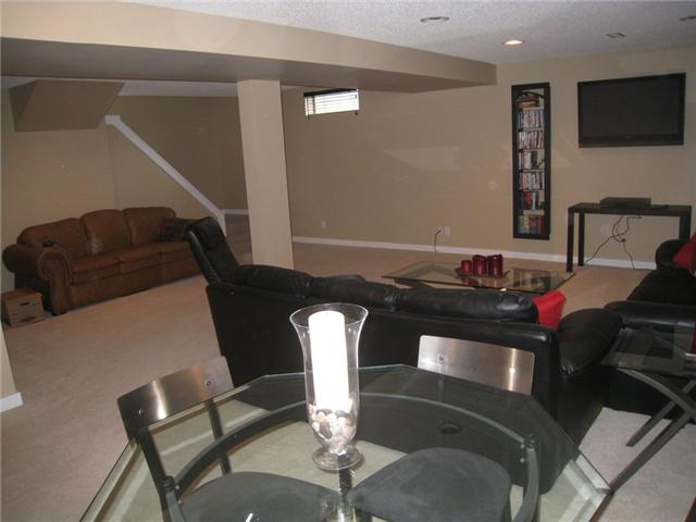 Photo 15: 6628 LAW Drive SW in CALGARY: Lakeview Residential Detached Single Family for sale (Calgary)  : MLS® # C3552508