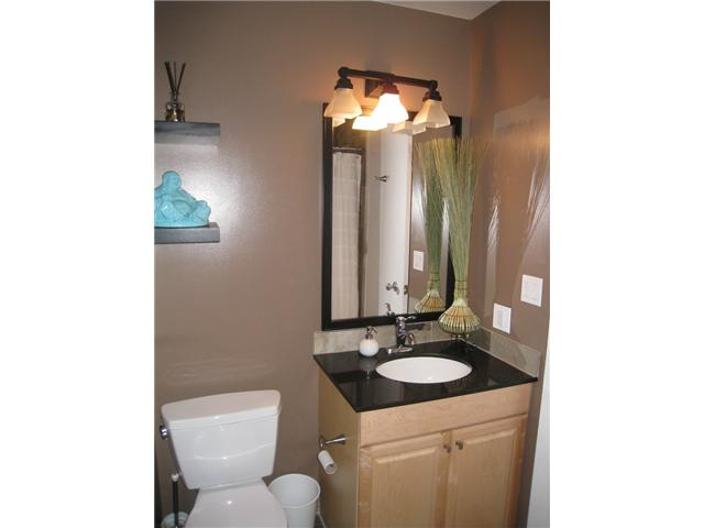 Photo 3: 6628 LAW Drive SW in CALGARY: Lakeview Residential Detached Single Family for sale (Calgary)  : MLS® # C3552508