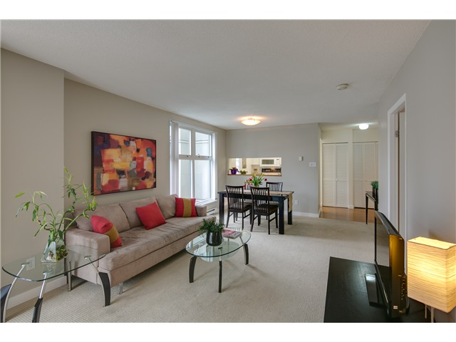 "Main Photo: B705 1331 HOMER Street in Vancouver: Yaletown Condo for sale in ""PACIFIC POINT"" (Vancouver West)  : MLS® # V990433"