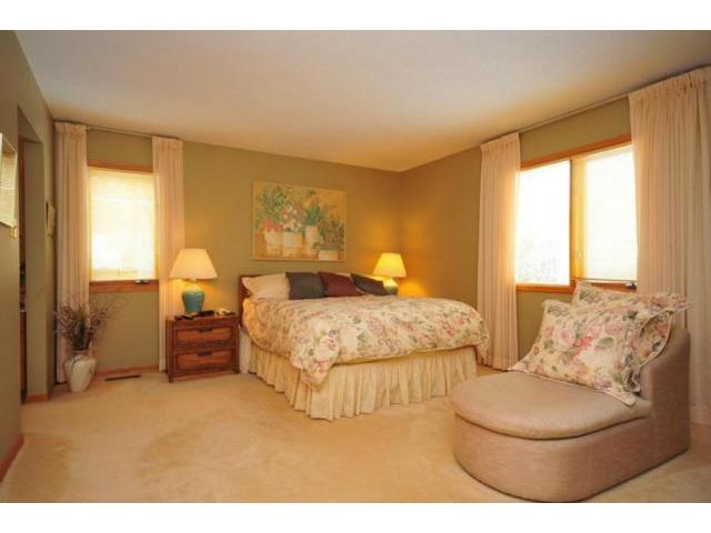 Photo 12: 99 Bramble Drive in WINNIPEG: Charleswood Residential for sale (South Winnipeg)  : MLS® # 1305747