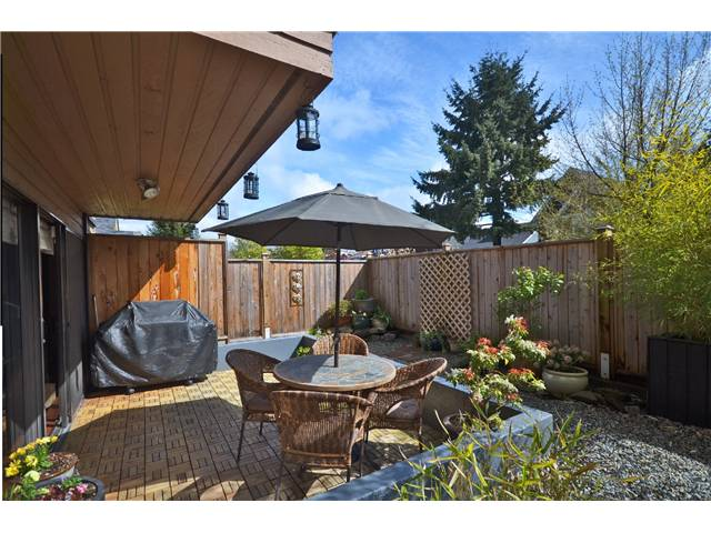 "Photo 2: 104 3264 OAK Street in Vancouver: Cambie Condo for sale in ""THE OAKS"" (Vancouver West)  : MLS(r) # V1002842"