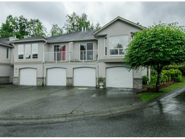 "Main Photo: 22 3902 LATIMER Street in Abbotsford: Abbotsford East Townhouse for sale in ""Country View Estates"" : MLS®# F1416425"