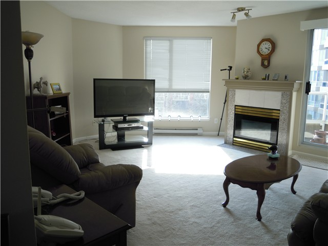 Photo 5: # 504 1185 QUAYSIDE DR in New Westminster: Quay Condo for sale : MLS® # V1107490