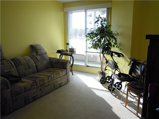 Photo 9: # 504 1185 QUAYSIDE DR in New Westminster: Quay Condo for sale : MLS® # V1107490