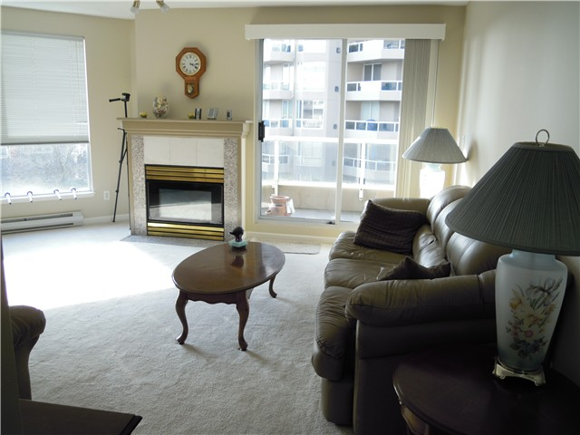 Photo 4: # 504 1185 QUAYSIDE DR in New Westminster: Quay Condo for sale : MLS® # V1107490