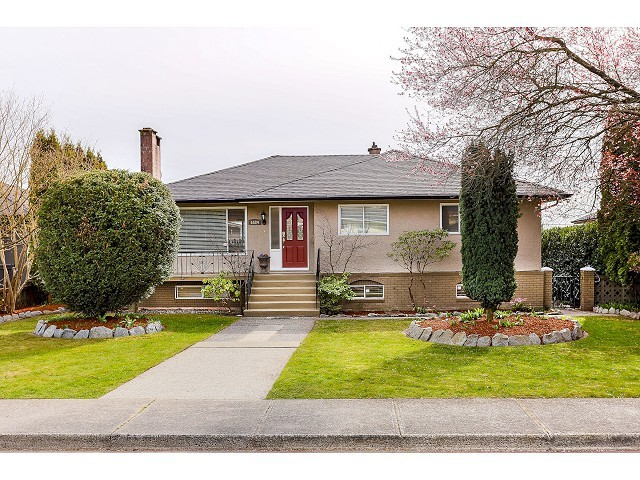 Main Photo: 6584 CHARLES ST in Burnaby: Sperling-Duthie House for sale (Burnaby North)  : MLS®# V1110397