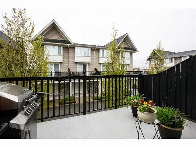 Photo 10: 118 2418 AVON PLACE in Port Coquitlam: Riverwood Townhouse for sale : MLS® # R2153308
