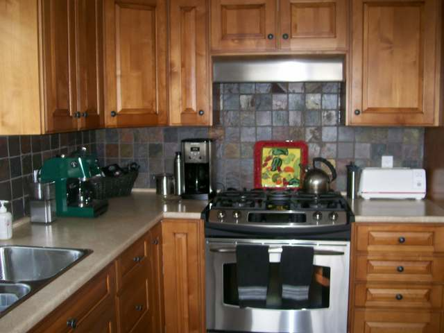 Photo 12: 1055 ABERDEEN DRIVE in Kamloops: Aberdeen Residential Detached for sale : MLS® # 112055