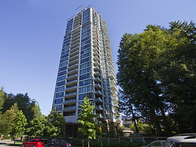 Main Photo: 1705 7088 18th Avenue in Burnaby: Edmonds BE Condo  (Burnaby East)  : MLS® # V1028252