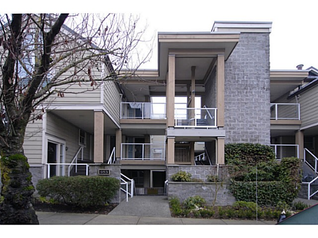 Main Photo: 103 953 W 8th Avenue in Vancouver: Fairview VW Townhouse for sale (Vancouver West)  : MLS(r) # v1043505
