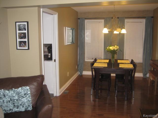 Photo 7: 55 Middlehurst Crescent in WINNIPEG: North Kildonan Residential for sale (North East Winnipeg)  : MLS® # 1417879