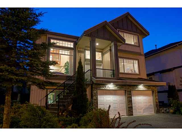 Main Photo: 2118 PARKWAY BV in Coquitlam: Westwood Plateau House for sale : MLS® # V1062905