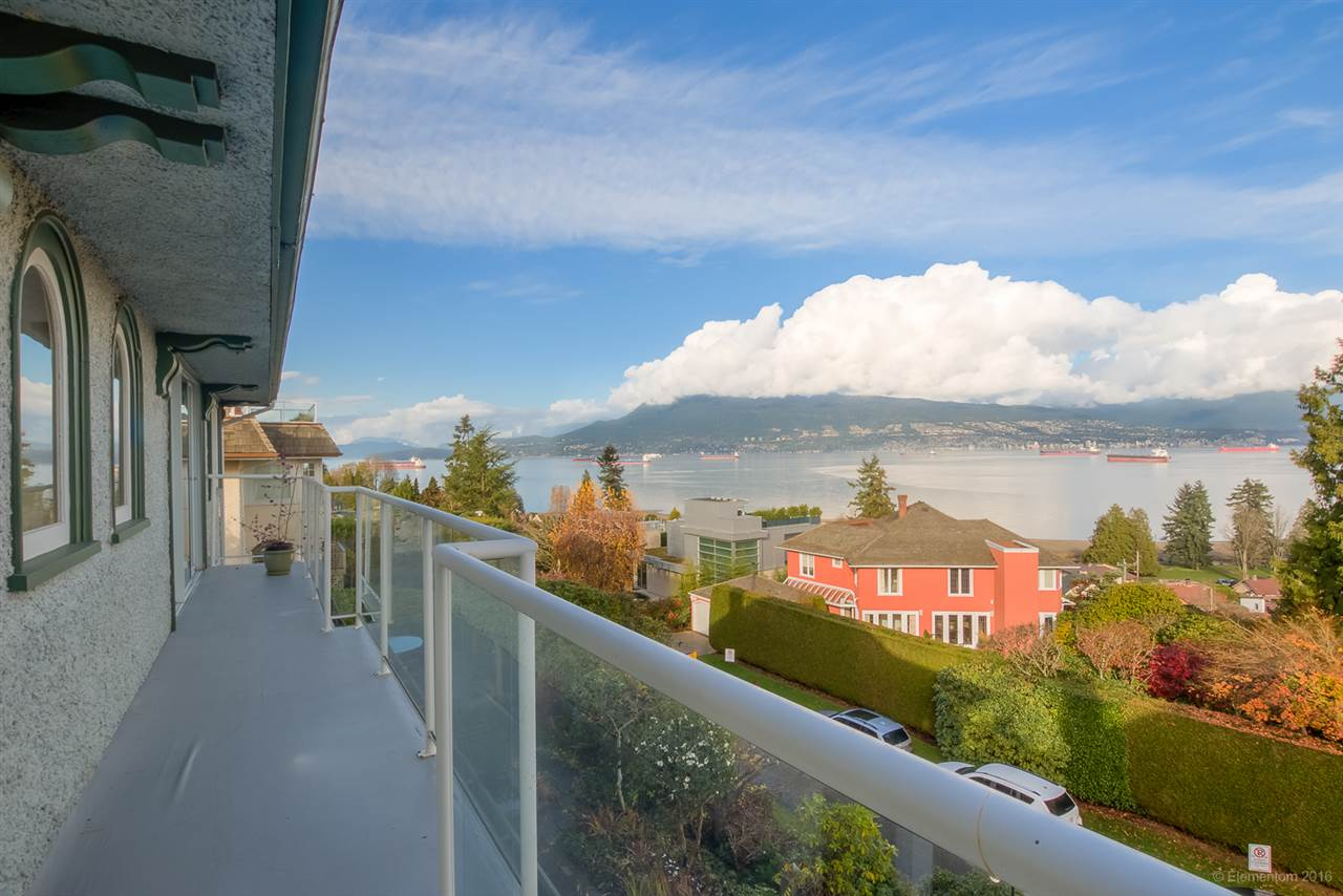 Main Photo: 4620 LANGARA AVENUE in Vancouver: Point Grey House for sale (Vancouver West)  : MLS® # R2123077