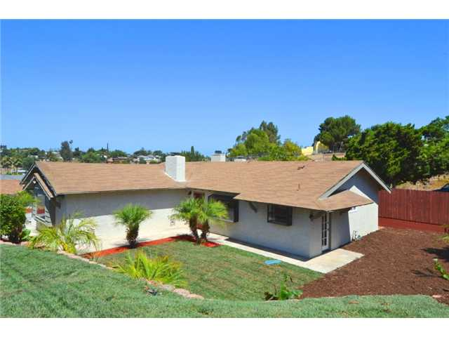 Main Photo: LEMON GROVE House for sale : 3 bedrooms : 2114 Locke Place