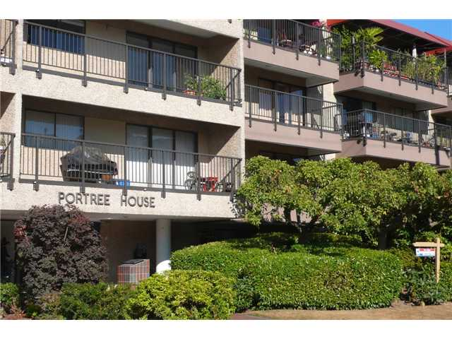 "Main Photo: 210 330 E 1ST Street in North Vancouver: Lower Lonsdale Condo for sale in ""Portree House"" : MLS® # V970722"