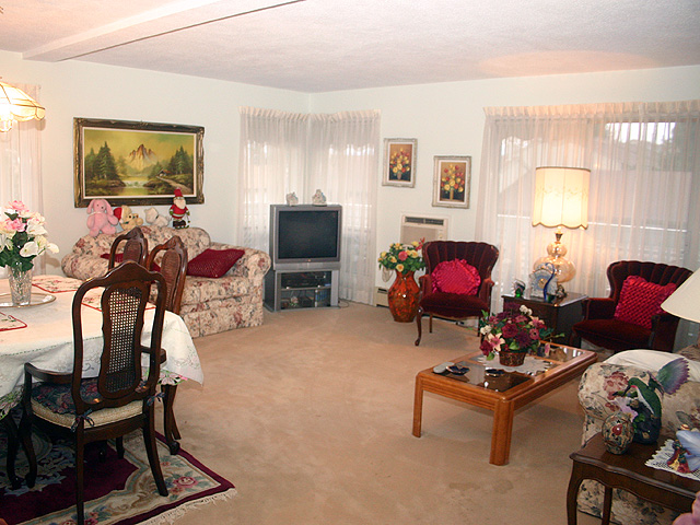 "Photo 2: 323 32853 LANDEAU Place in Abbotsford: Central Abbotsford Condo for sale in ""Park Place"" : MLS® # F1300693"